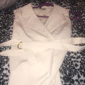 Open shoulder coat